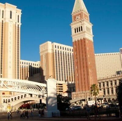 Las Vegas Sands Corporation Sees Revenue Rebound as the Losses Narrow